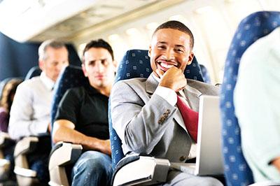 Các tình huống bạn buộc phải rời khỏi chỗ ngồi chuyến bay dù đã mua vé