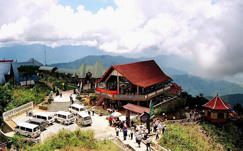 Đâu là những khu du lịch ở Đà Nẵng đẹp, nổi tiếng và hút du khách nhất hiện nay?