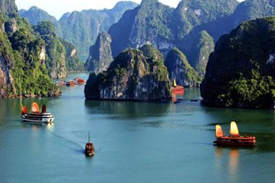 Kinh nghiệm du lịch vịnh Lan Hạ thiên đường bị bỏ quên ở Việt Nam