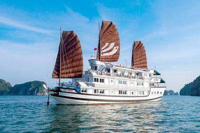 Du thuyền Bhaya trên vịnh Hạ Long | 2 ngày 1 đêm