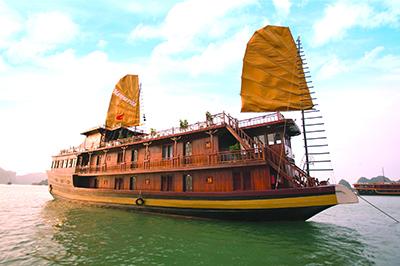 Du Thuyền Marguerite trên vịnh Hạ Long | 2 ngày 1 đêm