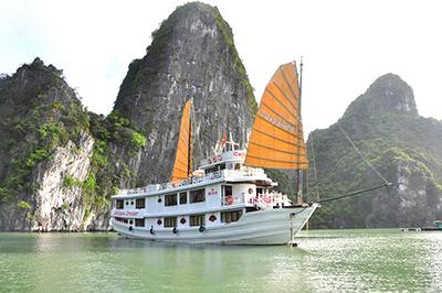 Du thuyền Calypso trên vịnh Hạ Long | 2 ngày 1 đêm