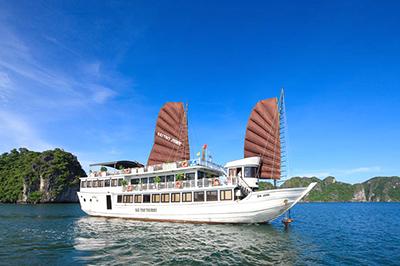Du thuyền Bài Thơ trên vịnh Hạ Long | 2 ngày 1 đêm