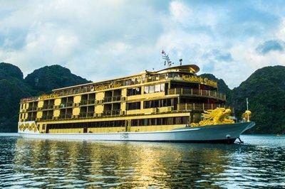 Du thuyền Golden Cruise trên vịnh Hạ Long | 2 ngày 1 đêm