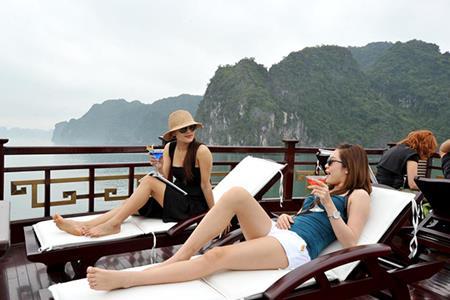 Du thuyền Oriental Sun Cát Bà