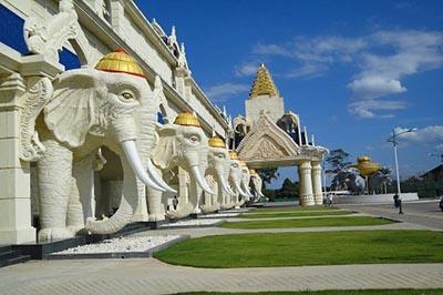 Khám phá đất nước Triệu Voi - Thiên đường du lịch bị lãng quên của Đông Nam Á