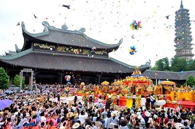 Những lễ hội tâm linh nổi tiếng ở Ninh Bình