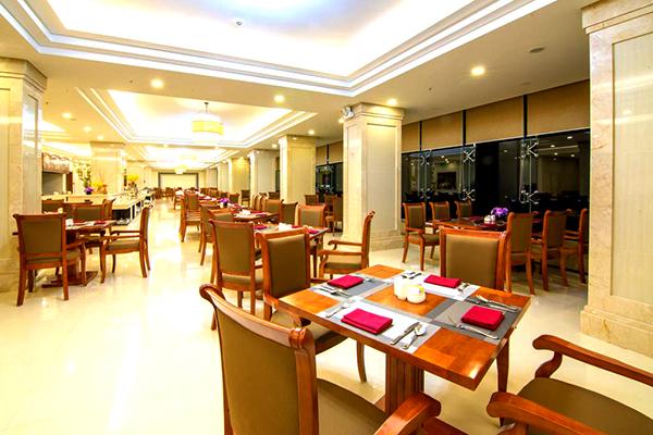 Gold Coast Hotel Resort