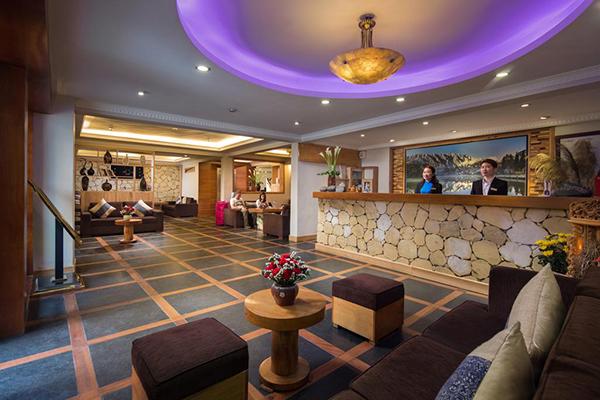 Khách sạn Sunny Mountain