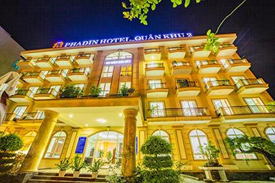 Khách sạn Pha Đin