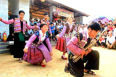 Chương trình tour lễ hội chợ tình Mộc Châu | 2 ngày 1 đêm | Khởi hành từ Hà Nội