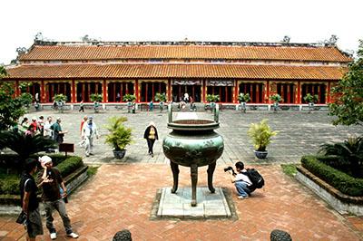 Tour du lịch Huế  4 ngày 3 đêm | Khám phá Cố Đô - Di sản văn hóa thế giới.