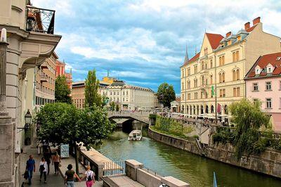 Chương Trình Tour Du Lịch Đông Âu: Hà Nội - Ý - Slovenia - Áo - Séc - Hunggary | 11 ngày 10 đêm