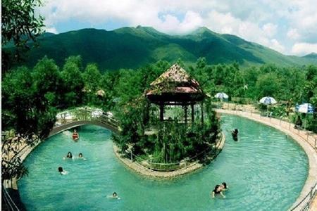 Suối khoáng nóng Thanh Tân Huế