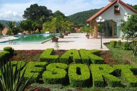 Resort tại Hồ Lak