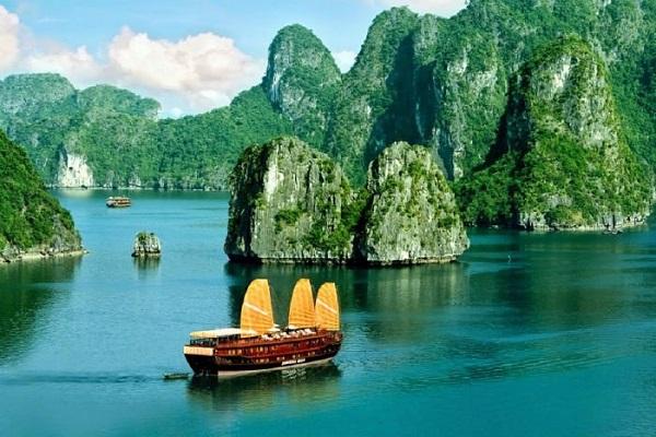 Tour du lịch Hạ Long 2 ngày 1 đêm | Tham quan Vịnh Hạ Long